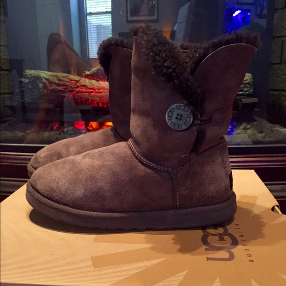 Chocolate Brown Bailey Button UGGS
