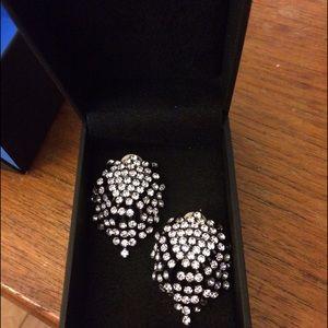 Gorgeous Kenneth Jay Lane crystal earrings!!