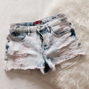 Forever 21 Denim - Forever 21 Light Washed Pink Tint Denim Shorts