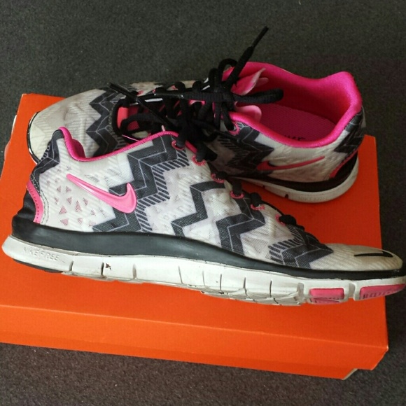 sports shoes c7f4c 7b94a Nike Free Run 5.0 Chevron