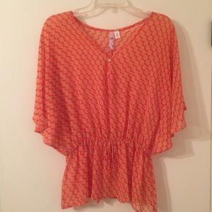 Tops - Flowy Orange Patterned Top