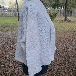 Lobax Jackets & Coats - *HP X 2* Hand Knit Kimono Sleeve Cardigan Sweater