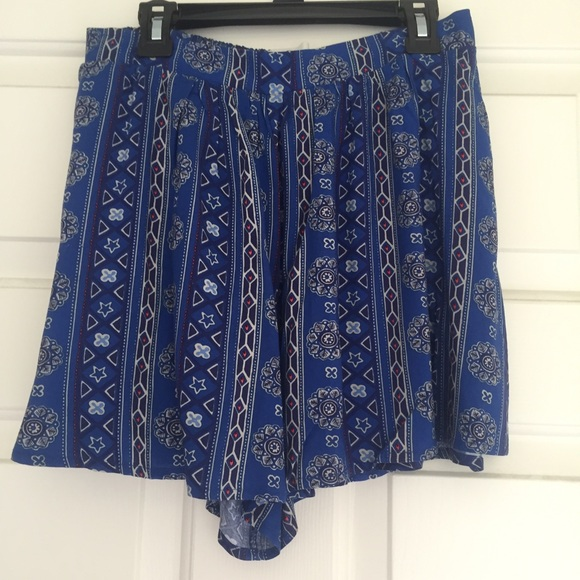 47% off Hollister Pants - Blue hollister flowy shorts NWOT from ...