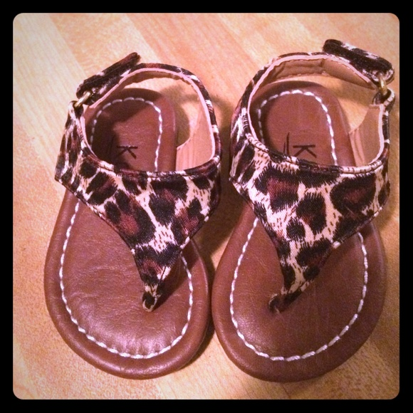 Shoes - Baby size 1 sandal new never worn