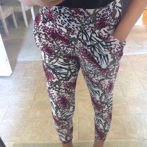 Pants - 🚨FINAL PRICE🚨Animal Print Leggings w/Big Pockets