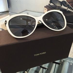 Tom Ford TF325