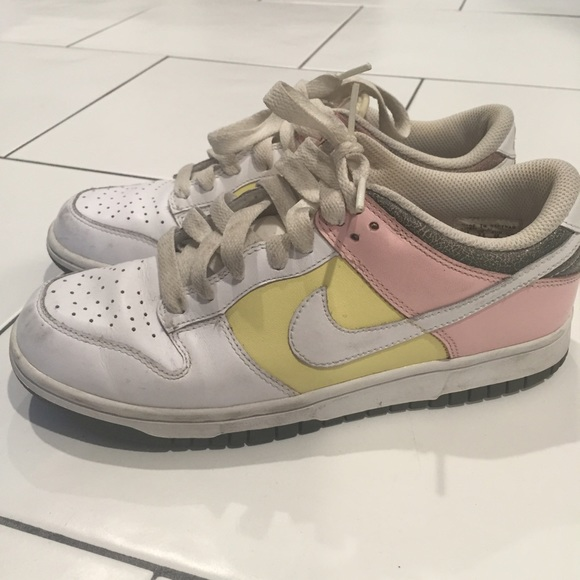 Shoes | Womens Old School Nikes Size 75 | Poshmark