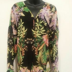 i JEANS BY BUFFALO Tops - Black Tropical Print Top