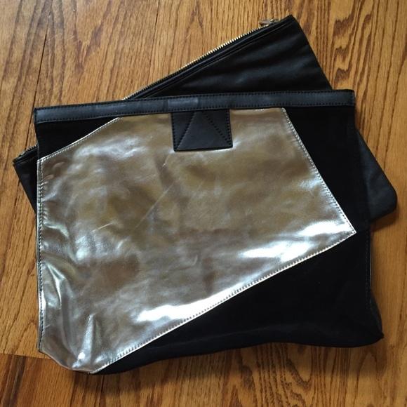 ROMWE Handbags - Silver metallic clutch bag
