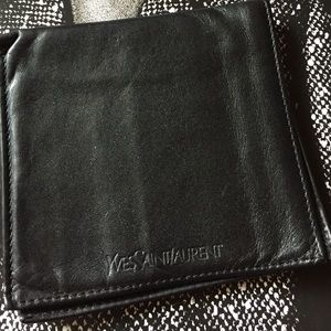 Auth.Vintage Yves Saint Laurent Wallet
