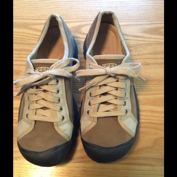 75 keen shoes keen s lace up size 11 or 42