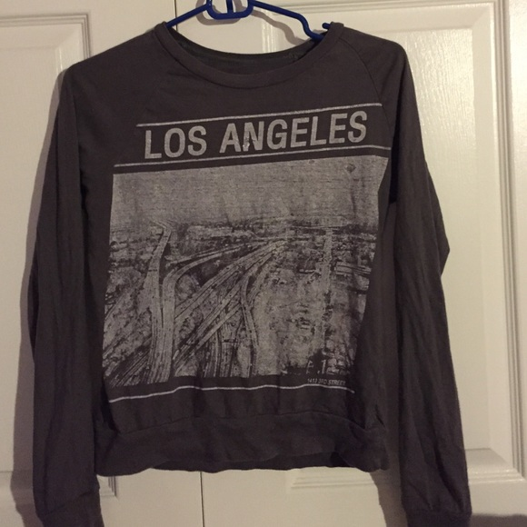 fe8d01a420f22 Long Sleeve Grey Los Angeles Shirt. M 55b1d1f9514a68795c00900b