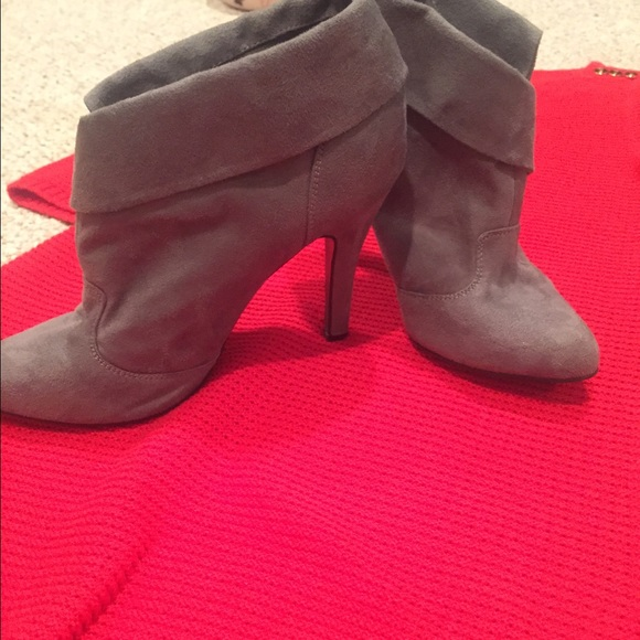 67 russe boots gray suede ankle boots