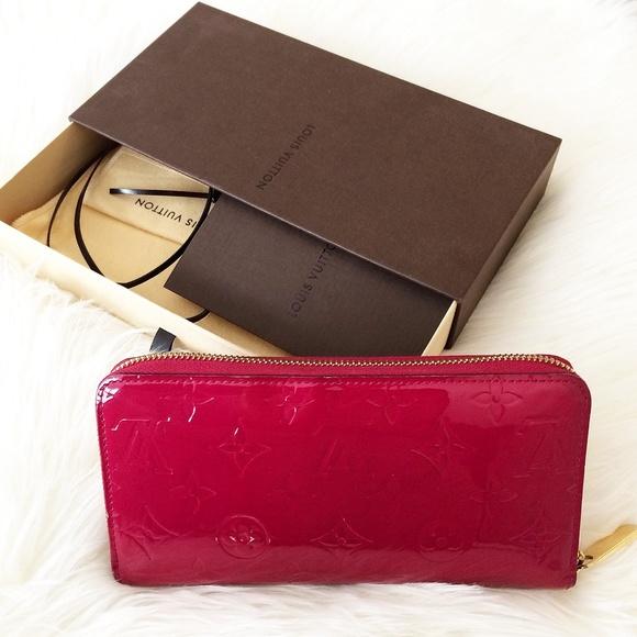 94f0f9b33fbf Louis Vuitton Handbags - Louis Vuitton Pink Vernis Zippy Wallet