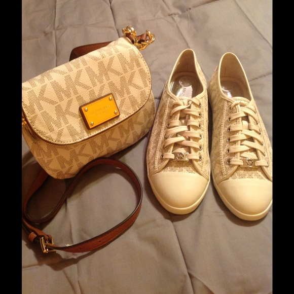 Michael Kors handbag W/matching sneakers sz10