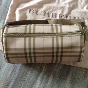 8ceeea9bf49e Burberry Bags - Candy Pink Burberry Nova Check Large Barrel Bag