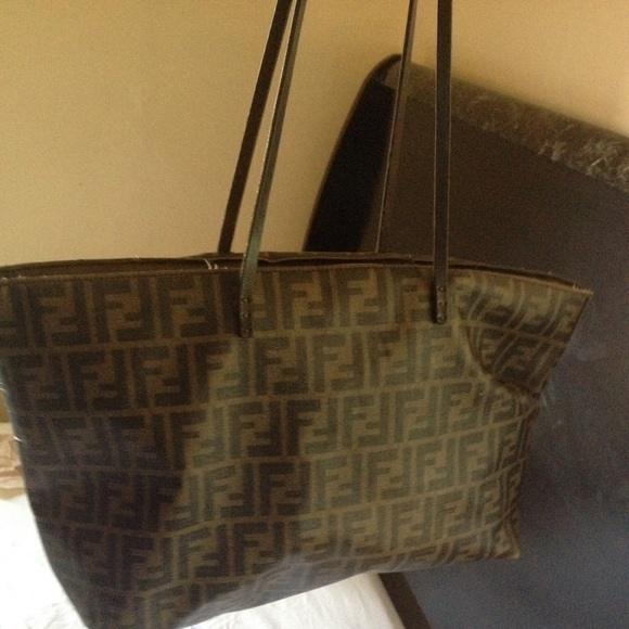 aae9b98268 FENDI Handbags - Fendi Zucca Roll Tote Bag