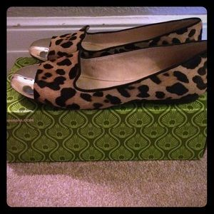 Gianni Bini leopard calf hair flats