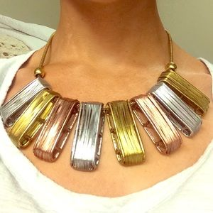 Sexy three-toned wire wrap statement necklace✨