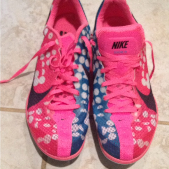 Using Long Distance Running Shoes On Track