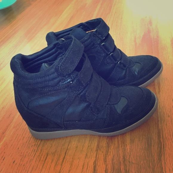 airwalk wedge sneakers