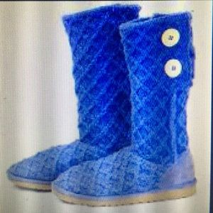 UGG Shoes - Blue knit UGG boots