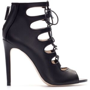 Zara Shoes - HOST PICK!!🎉🎉 Zara Leather Black Lace Up Heels