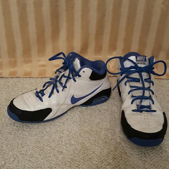 Nike Air Visi Pro basketball shoes