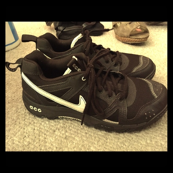 60 nike shoes brown nike acg sneakers size 7 5 from