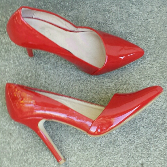☆3xHP☆ ALDO Asymmetrical Sexy Red Patent Pumps