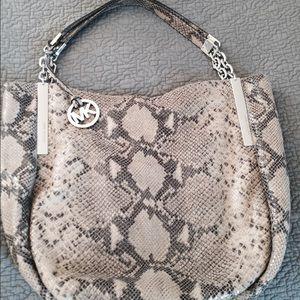 MK 925$ LIMITED EDITION Snakeskin Bag 💕