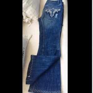 Antik Batik Denim - ANTIK DENIM JEANS