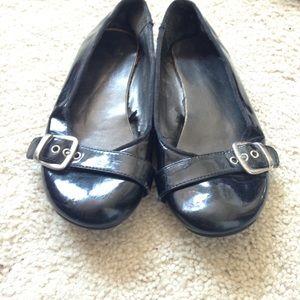 Shoes - Black buckle flats
