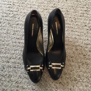Banana Republic Black Leather Pumps