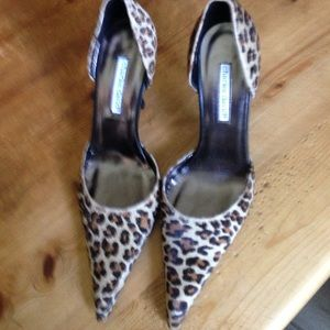 *New*Charles David Leopard Print Pumps