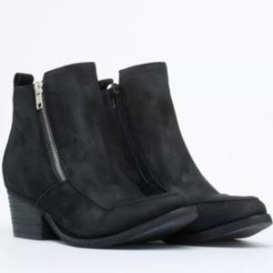 Jeffrey Campbell Temple Boots