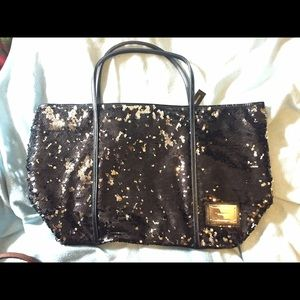 Listing not available - kate spade Handbags from Selina's closet ...