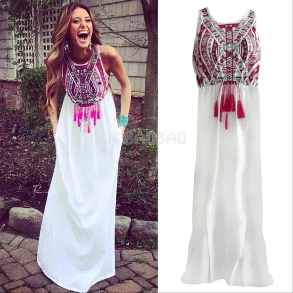 Boutique - NEW🎀 White Boho Maxi Dress! from Courtney's closet on ...