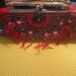  HOST PICK 9/5   Feathers and beads bag