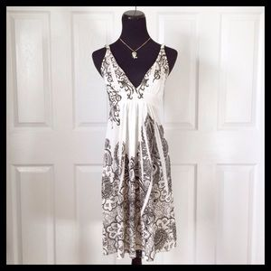 Equipe Dresses & Skirts - {Equipe} Black & White Dress