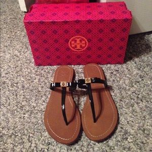 Tory Burch size 9 Leighann bow sandals