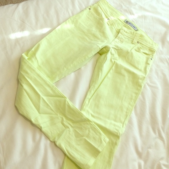 Nine Planet Denim - Nine Planet lime skinny jeans