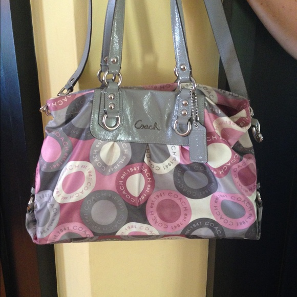 c67689fb343 Coach Bags | Grey White And Pink Purse | Poshmark