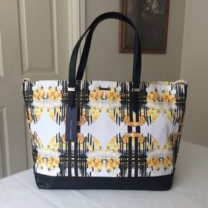 Rebecca Minkoff Handbags - 🎉HP🎉 RM Cherish tote