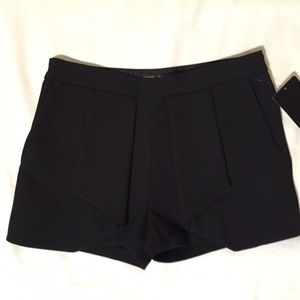 NEW Zara Basic Pleat Front dress shorts XS