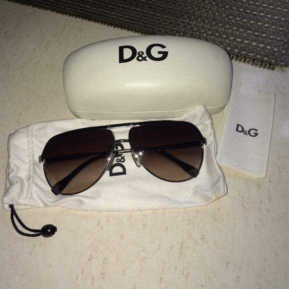 0a04873c340 D G Accessories - D G Aviator Sunglasses Delicately Worn
