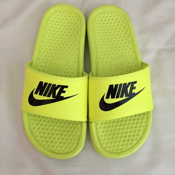 Nike mens neon shoes Top colors For mens neon shoes Green mens neon shoes Nordstrom Rack PSD Neon Zebra Slide Sandal $ $ Get a Sale Alert 10% Off for New Customers Brunswick Bowling Products Brunswick Mens Punisher Bowling Shoes Left Hand- Black/Neon Green 09 1/2 $ $– Get a Sale Alert.
