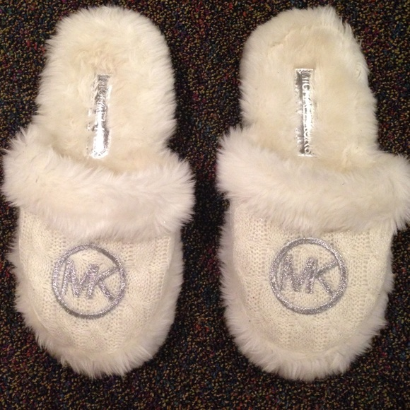 Michael Kors Fuzzy Knit Slippers | Poshmark