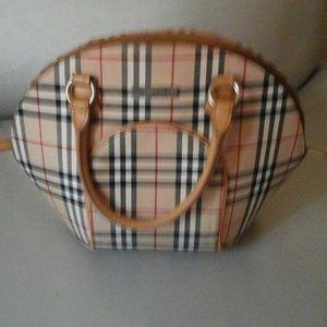 Handbags - Burberry bag