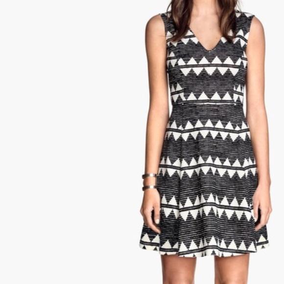 38d2e0e976f09 H&M Dresses | Hm Black White Tribal Print Jersey Dress | Poshmark